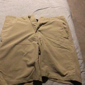 Volcom size 34 surf&turf shorts